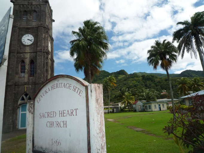 La iglesia, monumento histórico