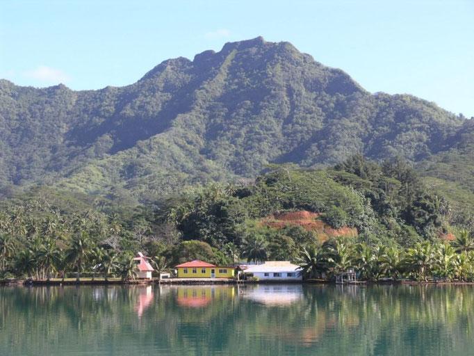 El pueblo en la Bahía de Haamene