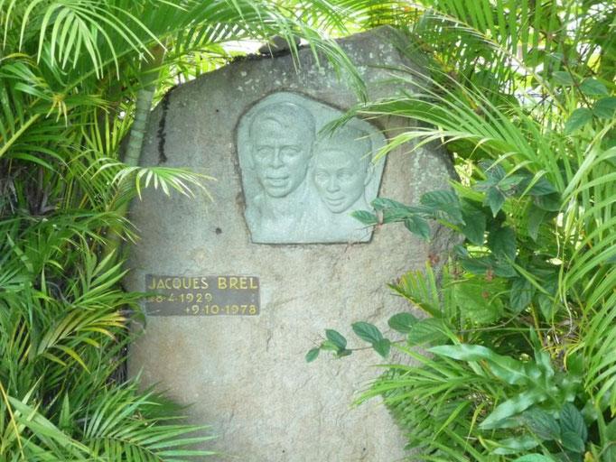 y la de Jacques Brel