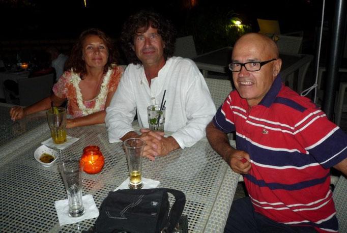 En el intercontinental con los amigos franco-suizos Veronique y Michel