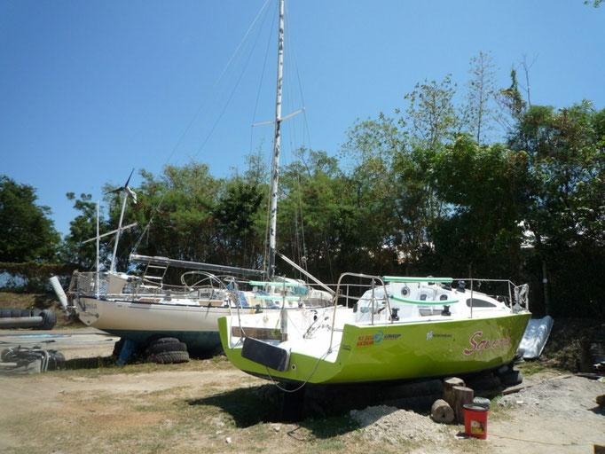Barcos en el varadero para pasar temporada de huracanes