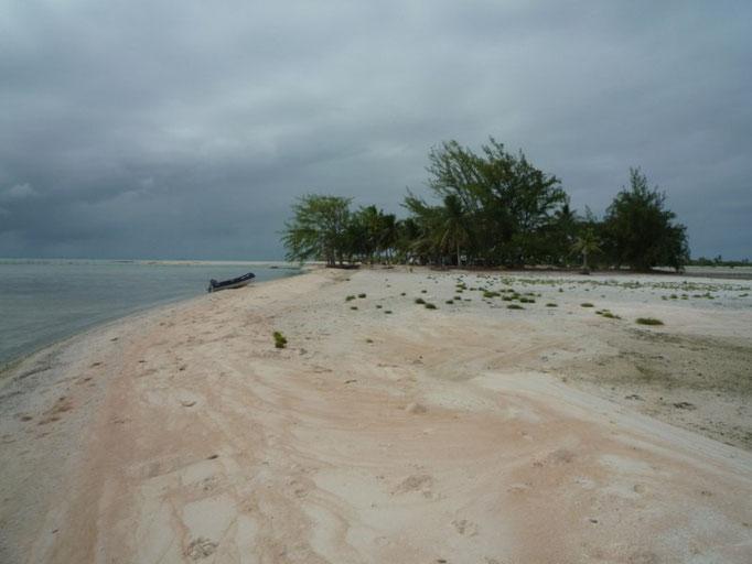 Las playas son de arena roja en este lugar