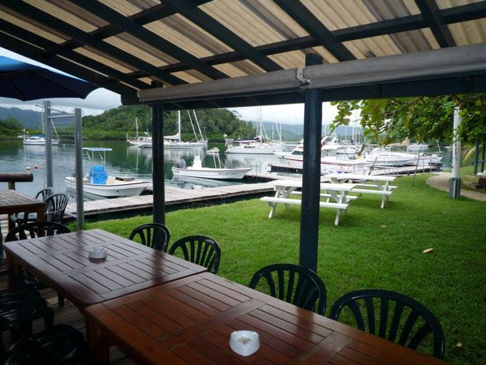 Yacht club en Copra Shed Marina