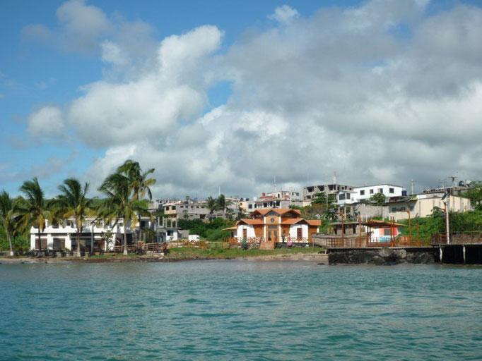 La costa del fondeadero