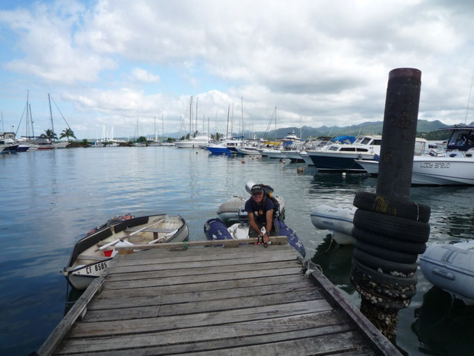 Dinghy dock en el Yacht Club de Suva