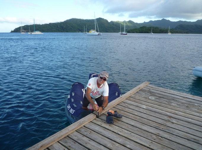 Amarrando el dinghy