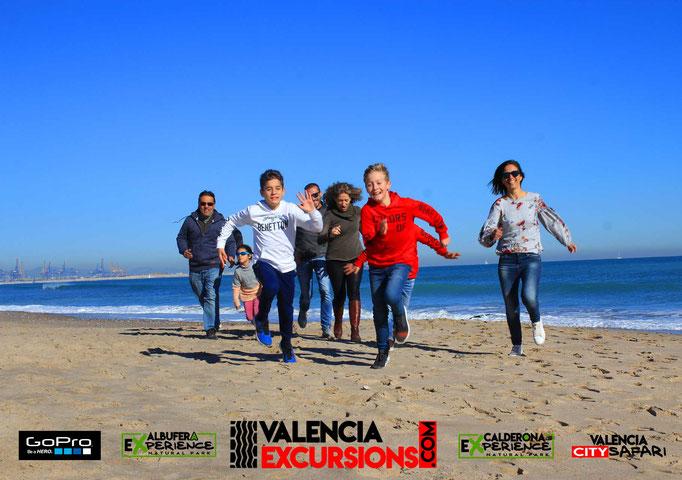 Excursión en la playa de Valencia con Jeeps y paseo en barca en L'Albufera de Valencia