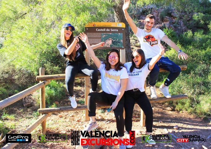 Castillo de Serra de la Sierra Calderona es uno de los puntos visitados por Calderona Experience, excursión de aventura en 4x4 en Valencia