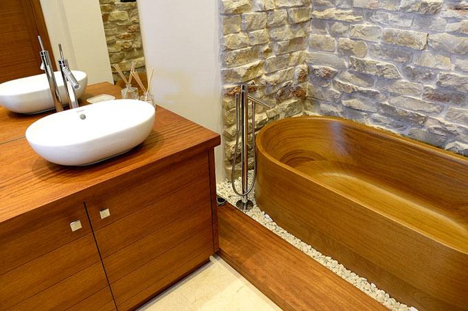 Luxus Holzbadewanne