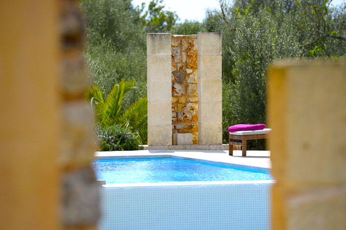 Finca Pool Mallorca und Ibiza