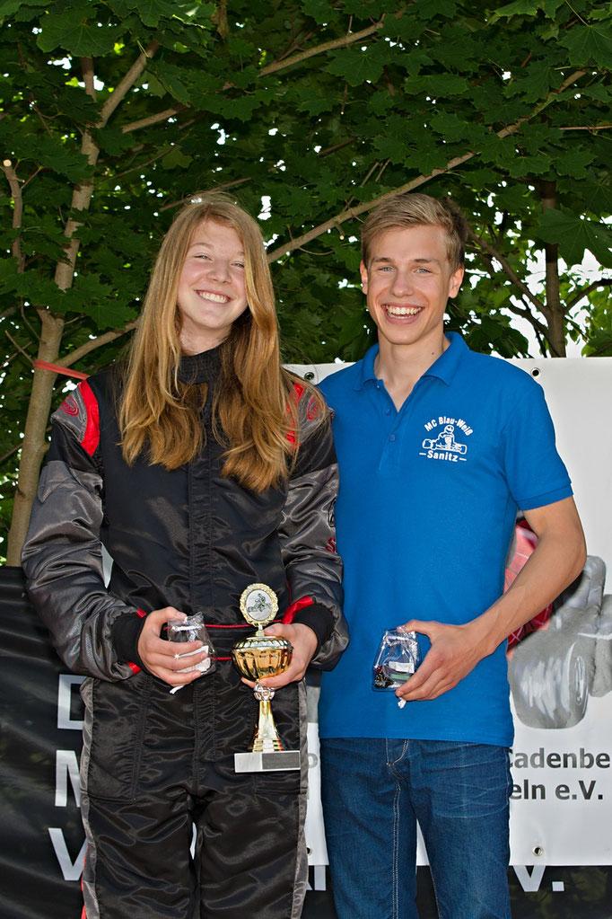 Das schnellste Paar des Tages beim 6. Vorlauf in Cadenberge: Janica Schlüer (li.) vom MSC Land Hadeln in Klasse 4 und Meik-Leon Strohecker (re.), MC Blau-Weiß Sanitz in Klasse 6