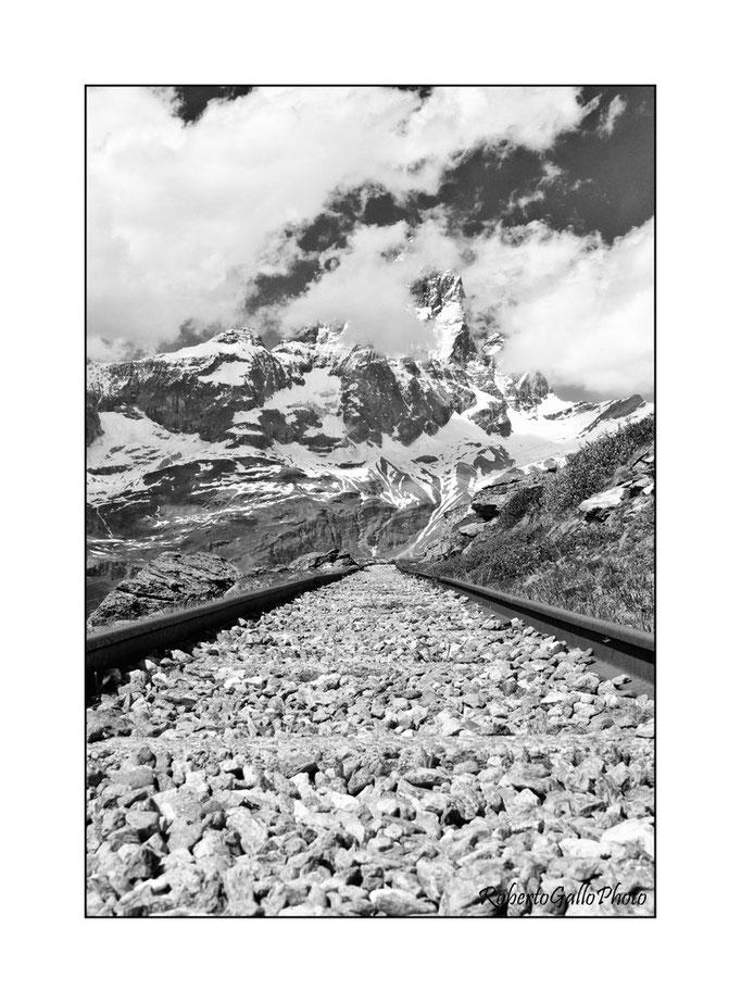 16/06/2012 Binari sotto il Cervino