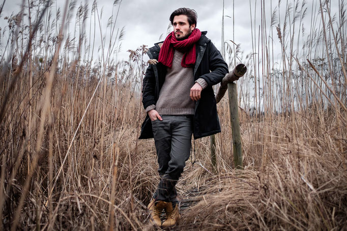 Adrian, male Model, Fotograf, Karlsruhe, Outdoor, Portrait, Winter, rot, Fotoshooting, Schal,