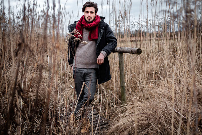 Outdoor, Portrait, Winter, rot, Fotoshooting, Schal, Adrian, male Model, Fotograf, Karlsruhe,