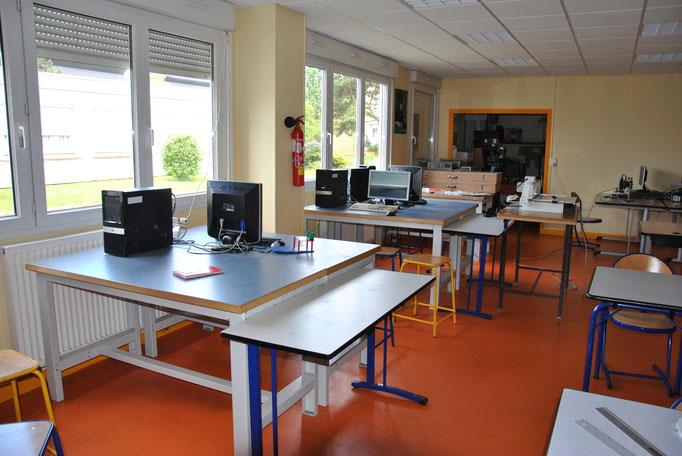 Une salle de technologie