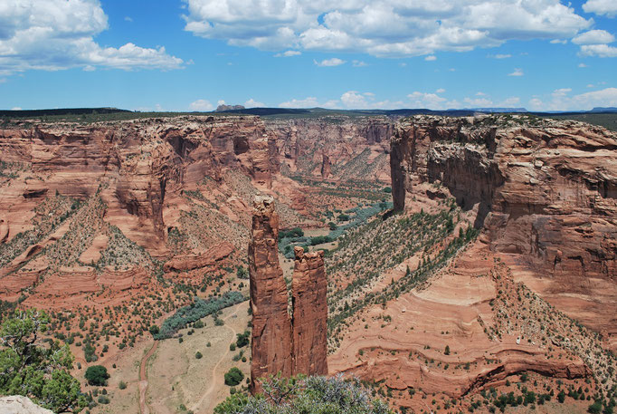 Le Canyon de Chelly (Navajo)