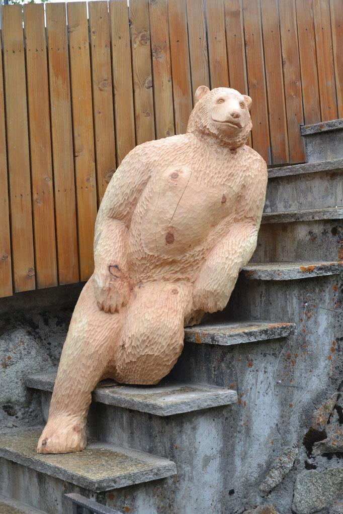 Holzskulptur Bär