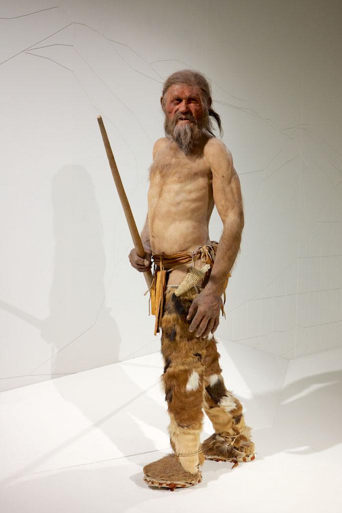 Ötzi, Museo Archeologico, Bozen (Bolzano),  Südtirol (Alto Adige), Italy