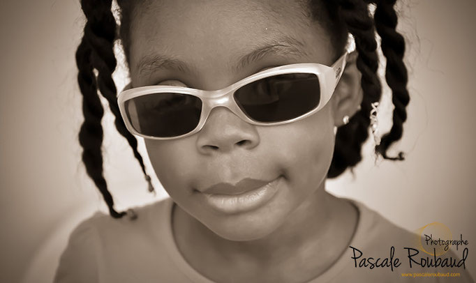 Séance photo portrait enfant extérieur   Mougins