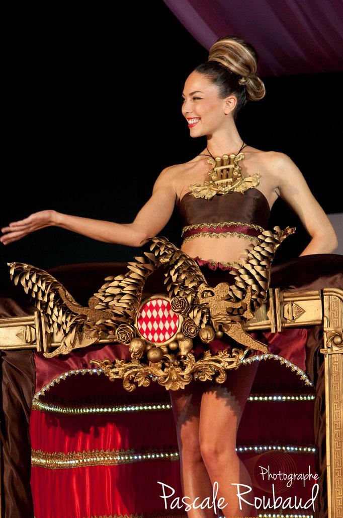 Défilé création robe en chocolat Monaco 2014