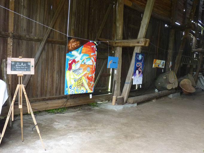 Eingang zur Ausstellung in der Kulturscheune