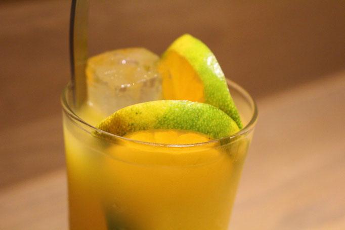 微炭酸オレンジジュース