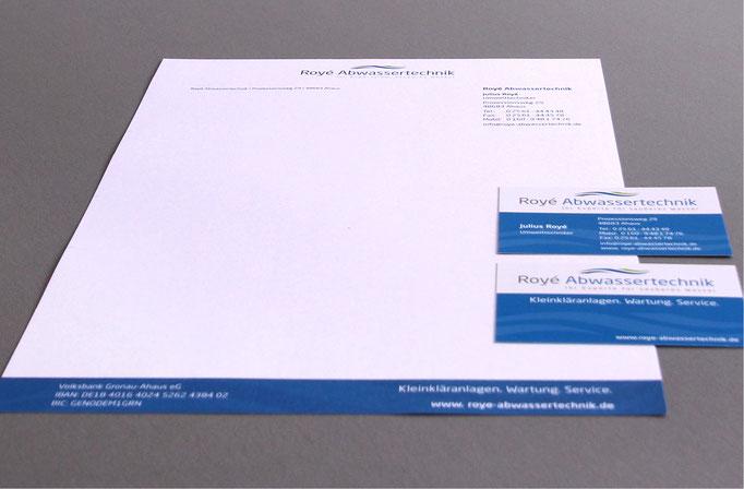 Geschäftsausstattung bestehend aus Visitenkarten, Briefpapier