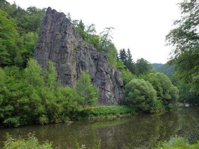 la vallée encaissée de l'Ohre