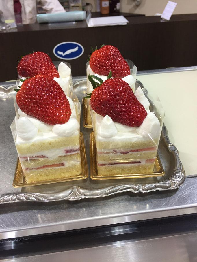 大粒紅ほっぺのショートケーキ