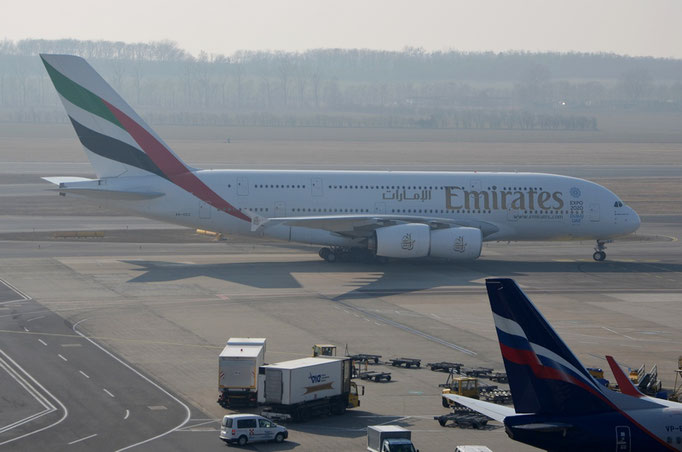 Emirates Airlines --- A6-EEZ --- A380-861