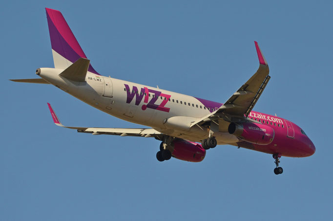 Wizz Air --- HA-LWZ --- A320-232
