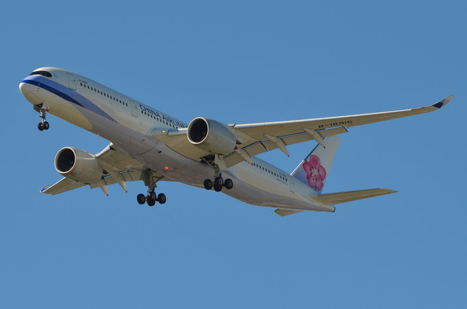 China Airlines --- B-18916 --- A350-941