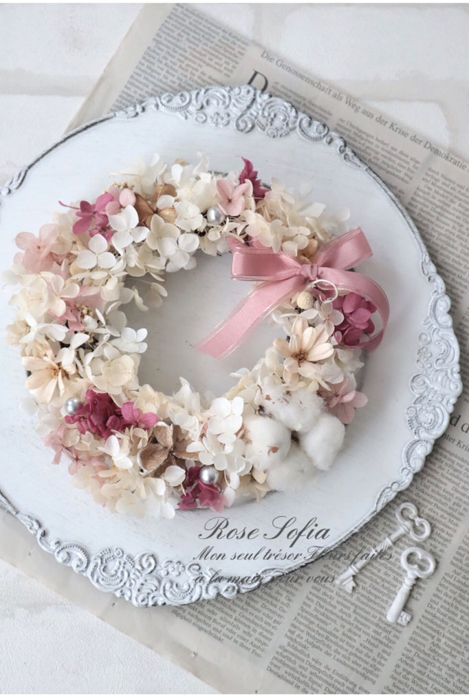 Lovely Wreath pink 19x19 ¥4,500+税 (¥4,950) (※レッスン作品より)