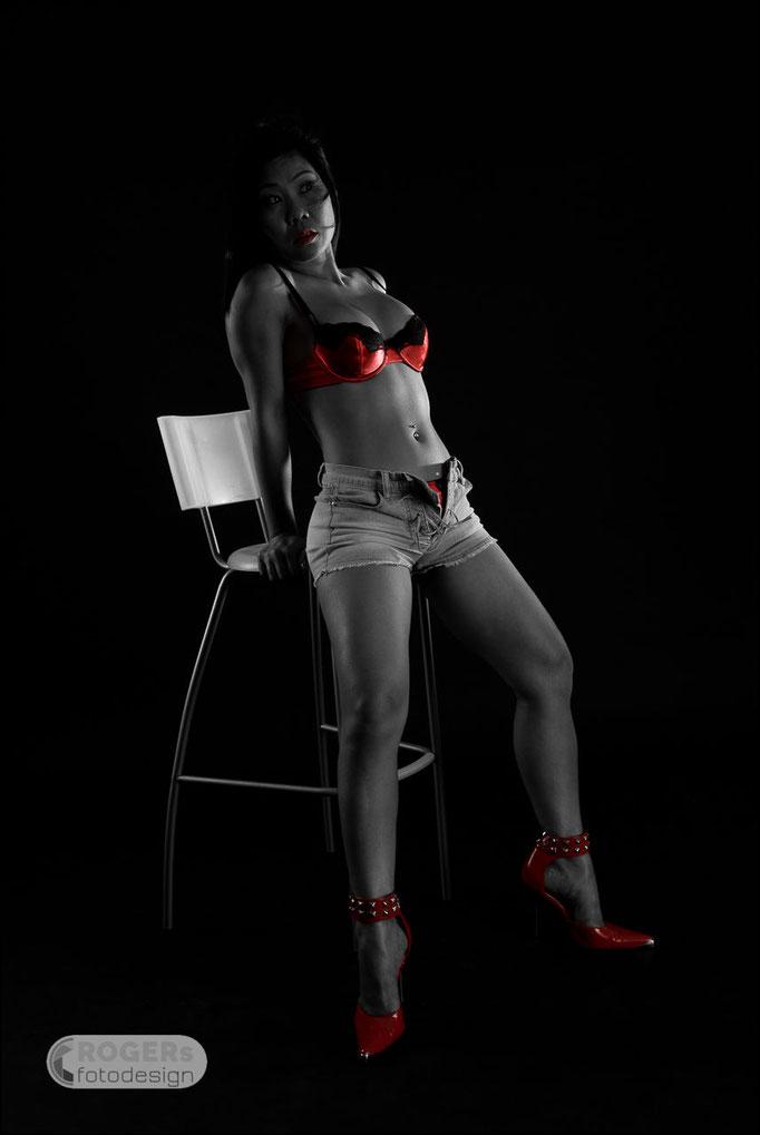 Graustufen-Foto partiell rote Farbe freigestellt