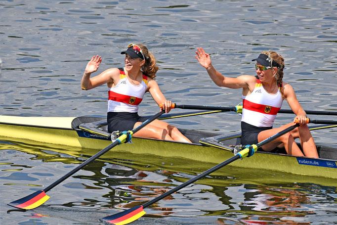 Silber BLW2x: Katrin Volk (Ruderclub Undine Radolfzell), Sophia Krause (Limburger Club für Wassersport). Foto: 2000meter.de