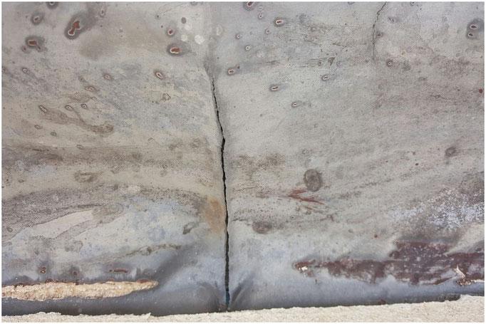 Lead flashing crack