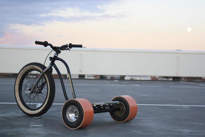 """""""geHHt quer"""" Drift Trikes (in Zusammenarbeit mit Daniel Aust; 2013)"""