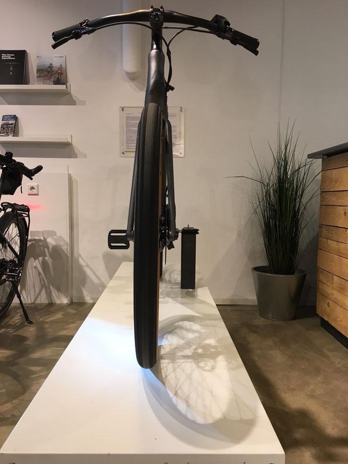 """Fahrradhalter; (""""Erfahre"""" 2019)"""