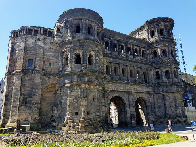 Trier: das Eingangstor Porta Nigra