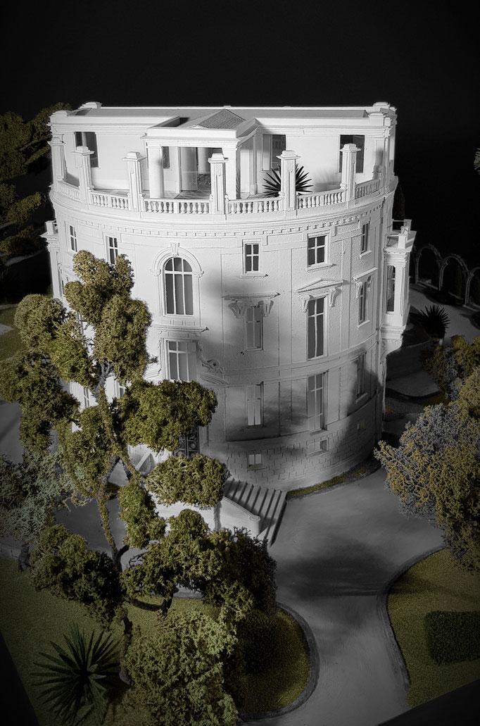 Maquette patrimoniale 1/50 e d' une villa de la Riviera . Réalisation et photographies Hervé Arnoul.