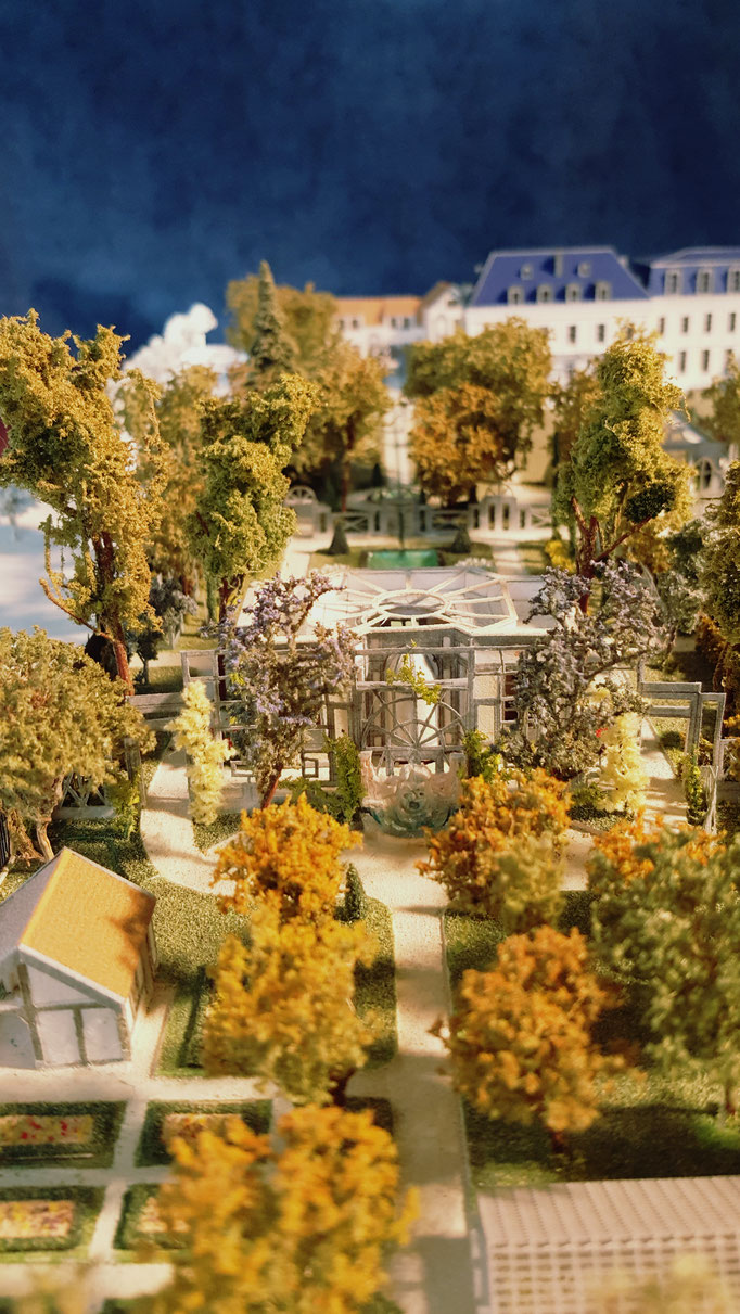 Création du parc de la Villa Trianon: Design  Hervé Arnoul. Maquette du projet  1/200 éme.