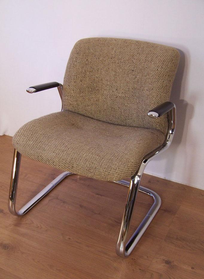 fauteuil de bureau vintage marque strafor majdeltier boutique en ligne. Black Bedroom Furniture Sets. Home Design Ideas