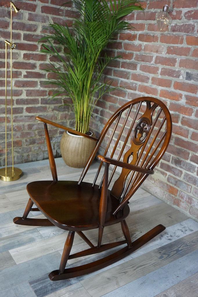 Rocking chair années 50 Maison Ercol avec coussins