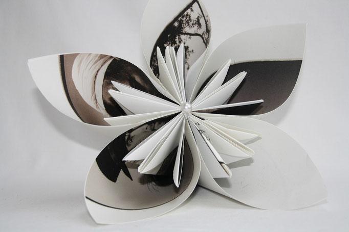 Kusudamablüte  aus Kalenderblatt  ca. 30 cm Durchmesser