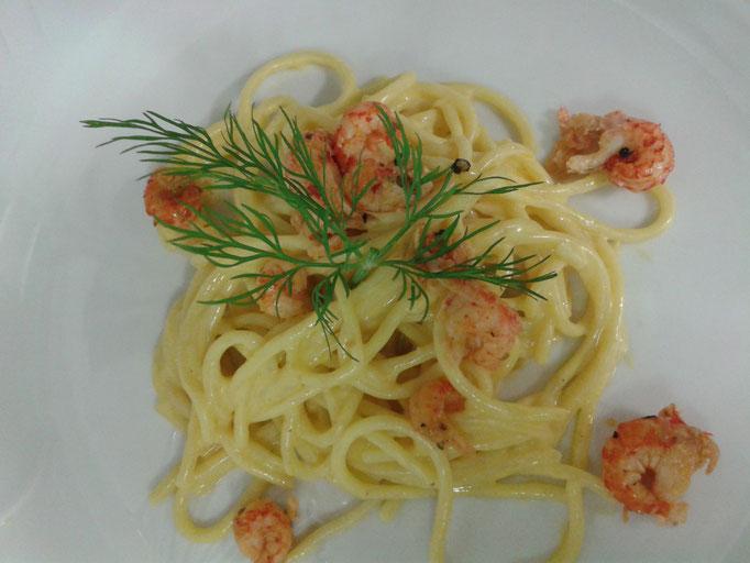 Safranspagetti mit Flußkrebsen