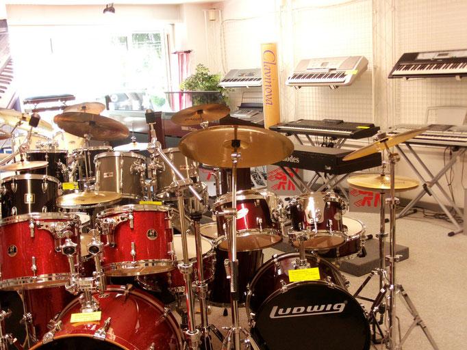 Schlagzeugsets, Cymbals, Hardware