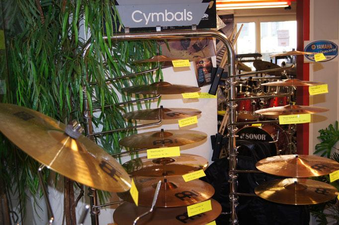 Cymbals, Sticks, Felle, Hardware, Zubehör