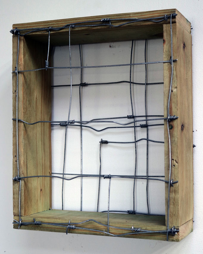 Title: Borderlines Medium: Timber & Galvanised steel wire. Dim: 32 x 11 x 26 cm. 2019