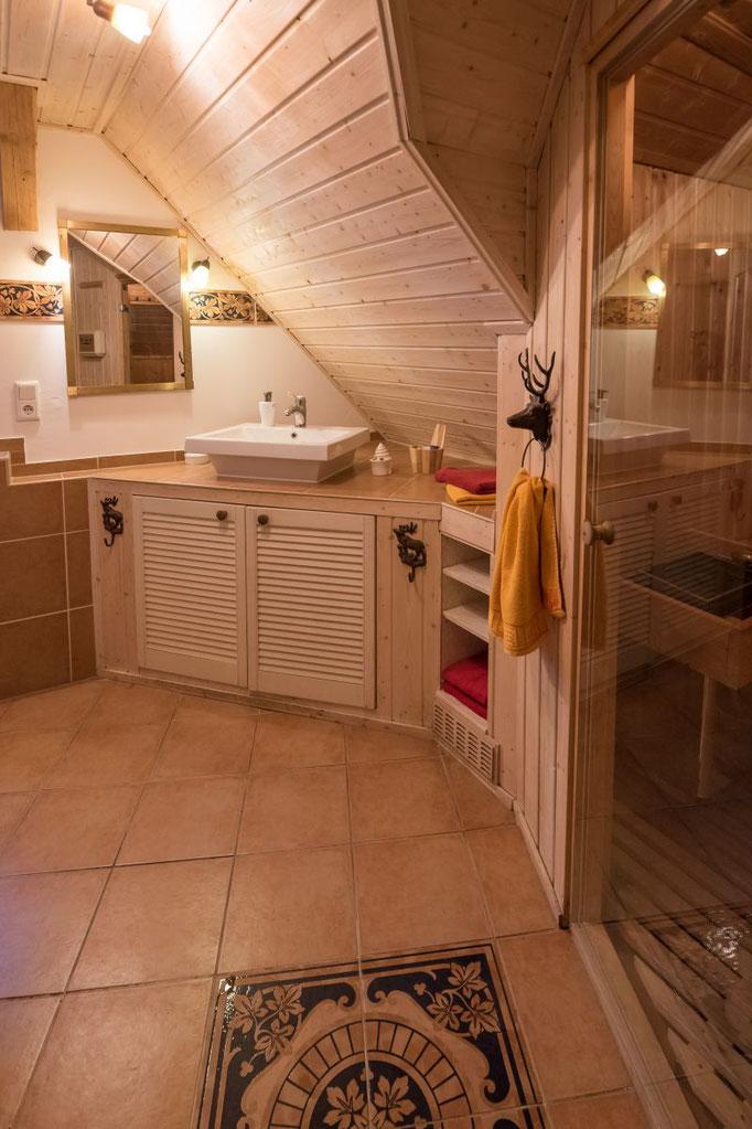 Badezimmer Ferienwohnung Wald-Blick