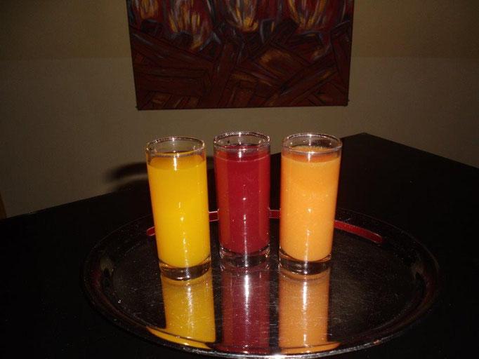 Shots - Vodka Mango, Erdbeere, Blutorange à EUR 3,00